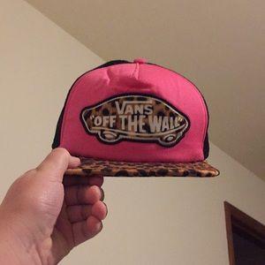 ||Rare|| Vans off the wall cheetah print hat